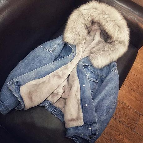 Women-s-Denim-Jacket-With-Fur-Winter-Jeans-Hooded-Velvet-Coat-Female-Faux-Fur-Collar-2020-4.jpg